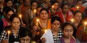 Bön i Indien för dödsoffren i Sri Lanka. Ajit Solanki / TT NYHETSBYRÅN/ NTB Scanpix