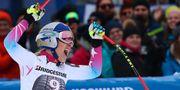 Lindsey Vonn jublar efter sitt segeråk i Garmisch-Partenkirchen. MICHAEL DALDER / TT NYHETSBYRÅN
