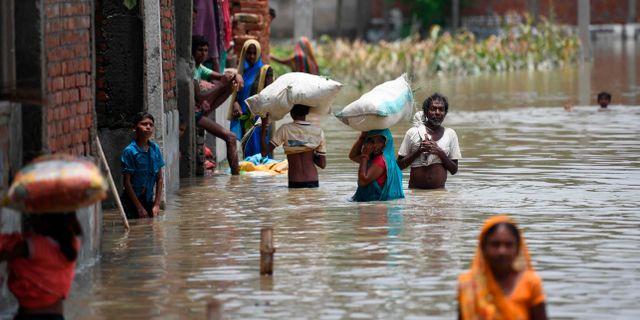 Bild från en gata i Bihar idag.  SACHIN KUMAR / AFP