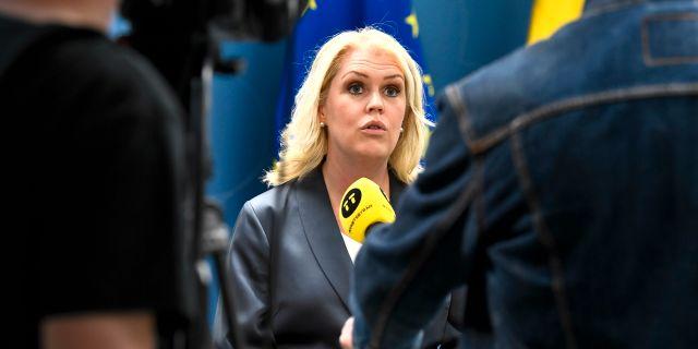 Socialminister Lena Hallengren. Claudio Bresciani/TT / TT NYHETSBYRÅN