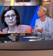 Elisabeth Marmorstein i SVT:s studio.  SVT