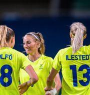 Fridolina Rolfö, Kosovare Asllani och Amanda Ilestedt. DANIEL STILLER / BILDBYRÅN