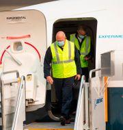 FAA-chefen Steve Dickson kliver ur ett av Boeings 737 Max-plan efter en testflygning i Seattle, 30 september 2020.  Mike Siegel / TT NYHETSBYRÅN