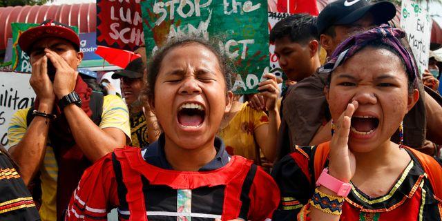 Protester mot Rodrigo Duterte i Manila i december.  Bullit Marquez / TT NYHETSBYRÅN/ NTB Scanpix