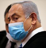 Benjamin Netanyahu under dgaens rättegång. Ronan Zvulun / TT NYHETSBYRÅN