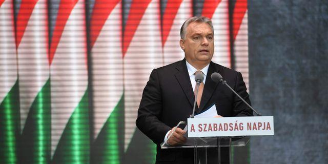 Orbán under talet i Budapest.  ATTILA KISBENEDEK / AFP