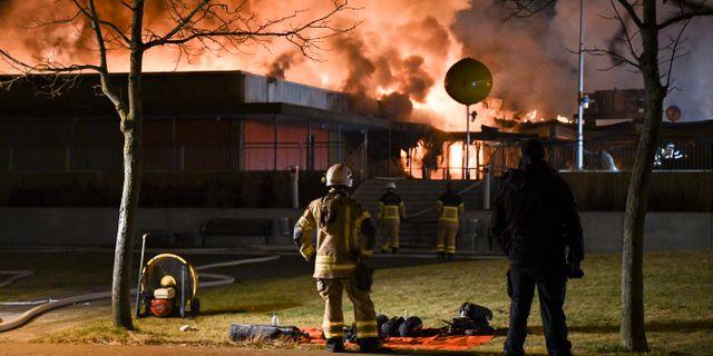 Valdsam brand i varuhus i gavle