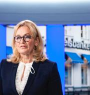Handelsbankens vd Carina Åkerström och SEB:s vd Johan Torgeby.  TT