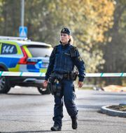 Polisen på plats i området Valsta i Märsta Jessica Gow/TT / TT NYHETSBYRÅN