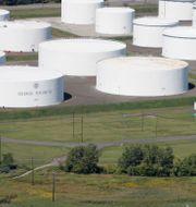 Arkivbild: Colonial Pipeline i Linden, New Jersey (september 2008).  Mark Lennihan / TT NYHETSBYRÅN