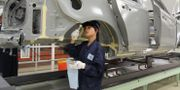Arbetare på bilfabrik i Chengdu  KARIN OLANDER / TT / TT NYHETSBYRÅN