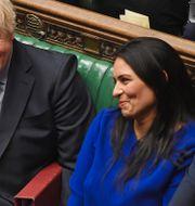 Storbritanniens premiärminister Boris Johnson, inrikesminister Priti Patel samt tidigare finansministern Sajid Javid. Jessica Taylor / TT NYHETSBYRÅN