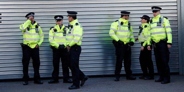 Brittiska poliser. Alastair Grant / TT NYHETSBYRÅN/ NTB Scanpix