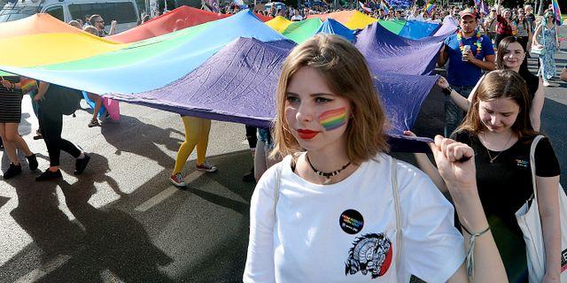 Prideparad i Warszawa.  Czarek Sokolowski / TT NYHETSBYRÅN