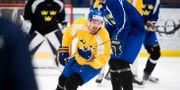 Anton Lander tränar med landslaget på Stora Mossens IP inför OS 2018. Arkivbild. Henrik Montgomery/TT / TT NYHETSBYRÅN