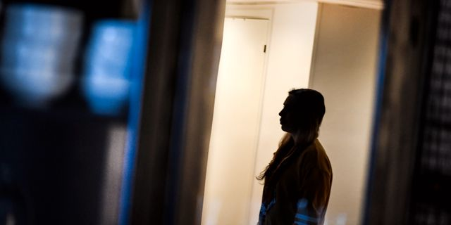 Ung kvinna som utsatts för hedersförtryck av sina föräldrar/Arkivbild.  Pontus Lundahl/TT / TT NYHETSBYRÅN
