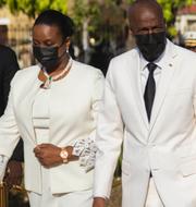 Martine Moïse/presidentparet till höger. TT