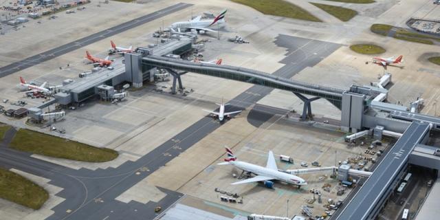 Flygplats i usa evakuerad