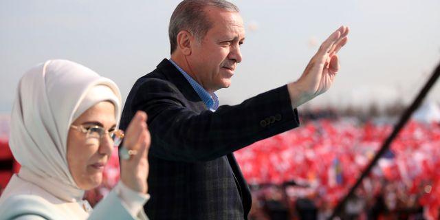 Recep Tayyip Erdogan och hustrun Emine Erdogan. Yasin Bulbul / TT / NTB Scanpix