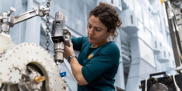 Jessica Meir förbereder sig för rymdfärden på Nasa's Johnson Space Center.  Nasa