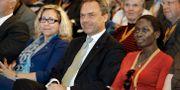 Helene Odeljung (t.v.) bredvid tidigare partiledaren Jan Björklund och nuvarande partiledaren Nyamko Sabuni 2010. Staffan Claesson / TT NYHETSBYRÅN
