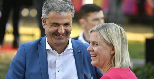 Ibrahim Baylan och Magdalena Andersson.  Vilhelm Stokstad/TT / TT NYHETSBYRÅN