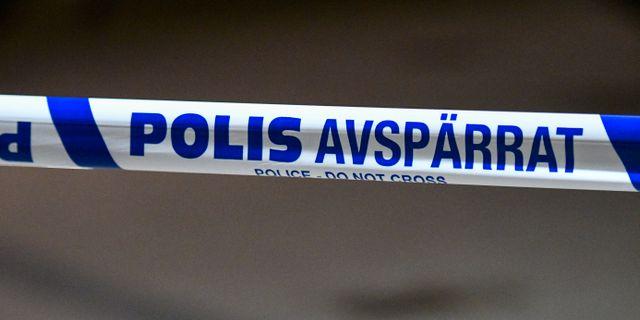 Man hittades knivskadad i malmo tva personer jagas
