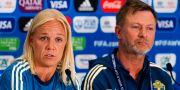 Caroline Seger och Peter Gerhardsson vid dagens pressträff.  SIMON HASTEGÅRD / BILDBYRÅN