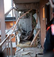 Huset i Husby där en av explosionerna ägde rum i januari 2020.  Fredrik Sandberg/TT / TT NYHETSBYRÅN