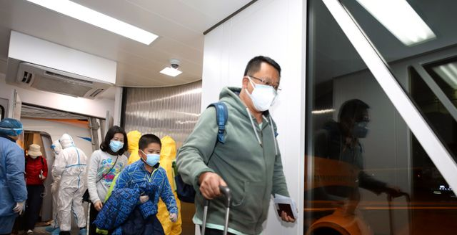 Resande från Wuhan som landat i Bangkok. TT NYHETSBYRÅN