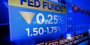 Arkivbild: I oktober sänkte Fed räntan återigen. Richard Drew / TT NYHETSBYRÅN
