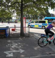 Polisen på plats där en 18-åring rånmördades. Arkivbild. Adam Ihse/TT / TT NYHETSBYRÅN