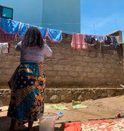 Reby bor i Beni i Kongo-Kinshasa. Hon säger att en läkare från WHO gav henne ett jobb i utbyte mot sex. Kudra Maliro / TT NYHETSBYRÅN