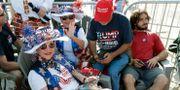 Glada Trumpsupportrar i Orlando.  John Raoux / TT NYHETSBYRÅN