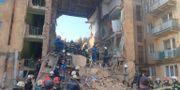 Bostadshuset som rasade.  State Emergency Service of Ukrai / TT NYHETSBYRÅN