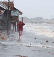 Bild från Sosogon i östra Filippinerna. TT NYHETSBYRÅN