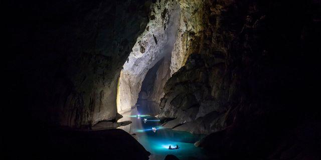 Högst 1 000 personer per år kan följa med på campingturerna in i grottan. De är fyra dagar långa och kostar motsvarande cirka 25 000 kronor. Oxalis Adventure Tours
