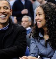 Barack Obama och Mona Sutphen. Nick Wass / TT NYHETSBYRÅN