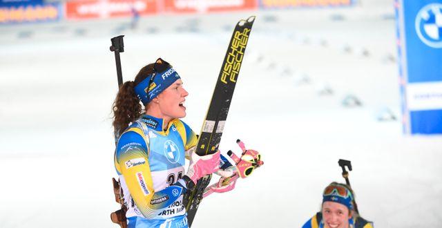 Hanna Öberg och Elvira Öberg efter målgång vid en tidigare tävling. Fredrik Sandberg/TT / TT NYHETSBYRÅN