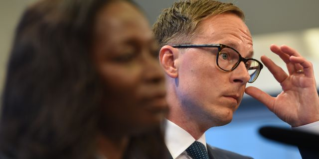 Nyamko Sabuni och Mats Persson. Henrik Montgomery/TT / TT NYHETSBYRÅN