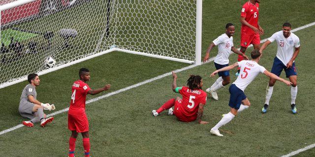 John Stones firar efter 4–0-målet.  IVAN ALVARADO / BILDBYR N