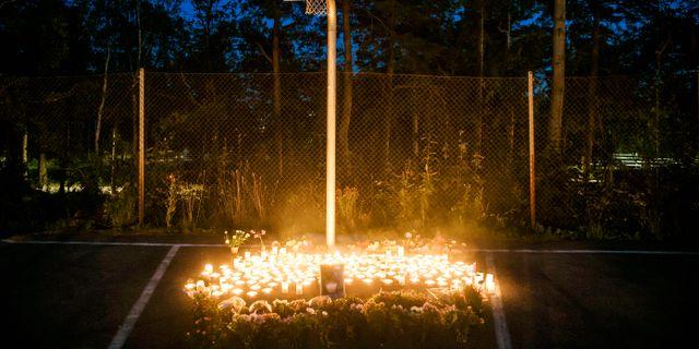 Minnesplats för den mördade pojken.  Erik Simander/TT / TT NYHETSBYRÅN