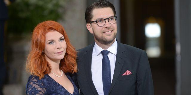 Lousie Erixon och Jimmie Åkesson. Fredrik Sandberg/TT / TT NYHETSBYRÅN