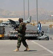 Flygplatsen i Kabul.  Wali Sabawoon / TT NYHETSBYRÅN