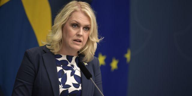 Lena Hallengren (S). Pontus Lundahl/TT / TT NYHETSBYRÅN