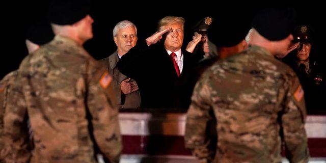 Donald Trump under en ceremoni för amerikanska soldater i Afghanistan. Evan Vucci / TT NYHETSBYRÅN