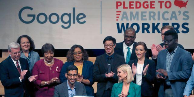 Arkivbild: Googles vd Sundar Pichai, vid en pressträff i Vita huset Ivanka Trump. LM Otero / TT NYHETSBYRÅN