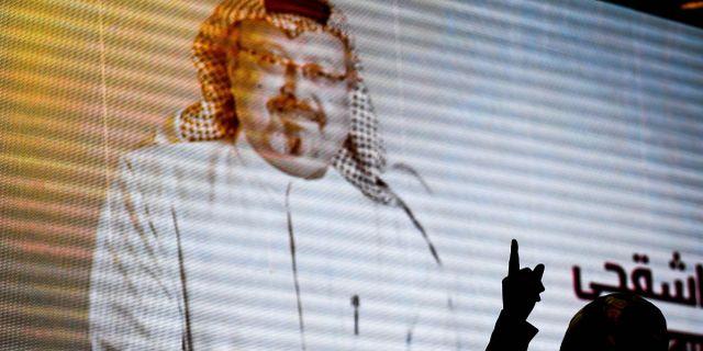 Bild från minnesstund för Khashoggi i helgen OZAN KOSE / AFP