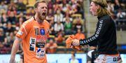 Albin Lagergren (vänster) skriker ut sin glädje. Johan Nilsson/TT / TT NYHETSBYRÅN