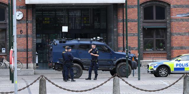 Polis på plats vid händelsen i juni. Johan Nilsson/TT / TT NYHETSBYRÅN